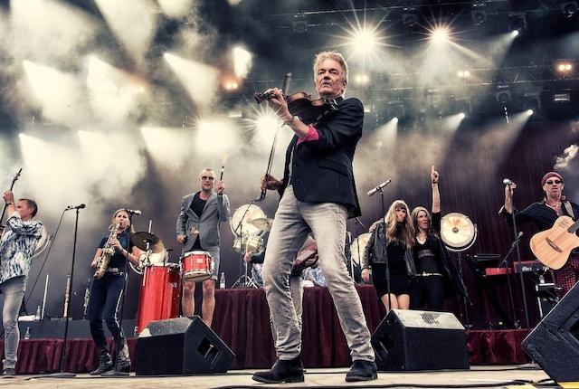 Lars Lilholt julekoncert m/ band